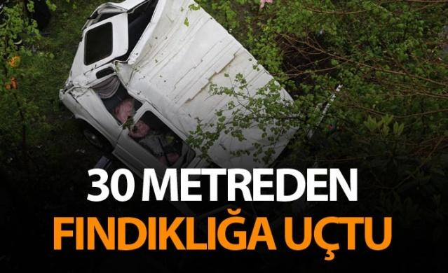 İşçileri taşıyan minibüs fındık bahçesine uçtu - 7 yaralı