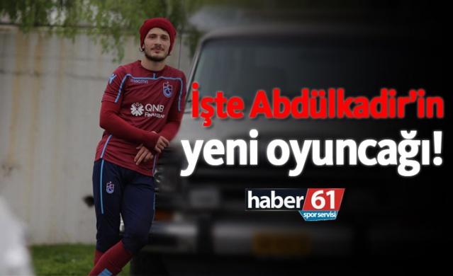 HABER61 - HABER SERVİSİ  Trabzonsporlu futbolcu Abdülkadir Parmak'ın yeni aracı görenleri hayran bıraktı.
