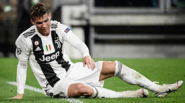 Daha öncede yaptığı yardımlarla herkesin takdirini toplayan dünyaca ünlü futbolcu Cristiano Ronaldo, bir kez daha gönülleri fethetti.