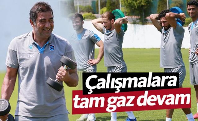 Yeni sezon hazırlıkları kapsamında Mehmet Ali Yılmaz Tesislerinde kamp çalışmalarını sürdüren Trabzonspor sabah antrenmanını tamamladı.