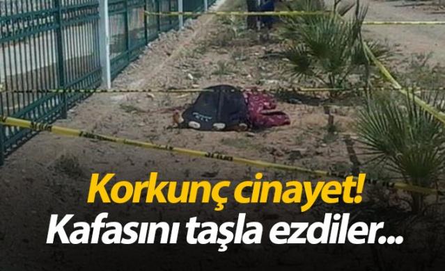 Aydın'ın Köşk İlçesi'nde 24 yaşındaki 4 çocuk babası Mehmet Biçer evinin hemen yakınında bulunan dere kenarında feci şekilde öldürülmüş vaziyette bulundu. Kafası taşla ezilen ve vücudunun değişik yerlerinde bıçak yarası bulunan Mehmet Biçer'in evinin önünde öldürüldükten sonra dere kenarına sürüklendiği öğrenildi.