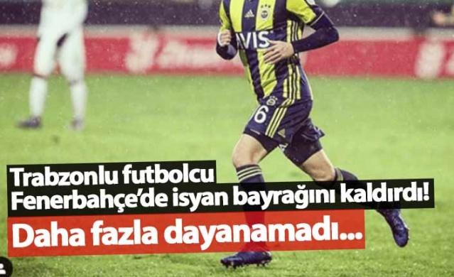 Trabzonlu Ferdi Kadıoğlu Fenerbahçe'deki tüm fotoğraflarını sildi
