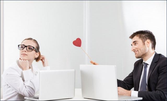 Yapılan araştırmalara göre aşk; sevgilisi olmayan çalışanlar için düşündüklerinden daha yakın.