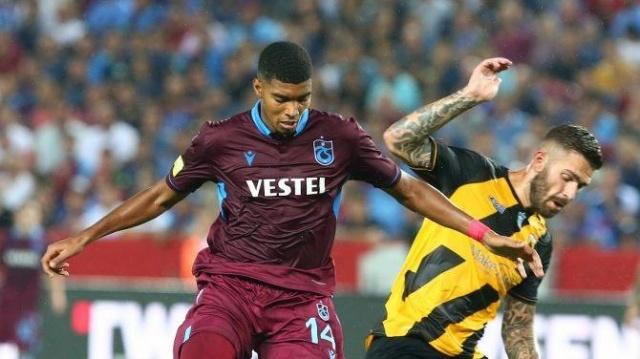 İvanildo Fernandes:  Gençlerbirliği maçında sakatlanarak oyundan çıkan Fernandes'in sağ adduktör kas grubunda yaralanma meydana geldi. Genç stoper 2-4 hafta sonunda oynayabilecek.