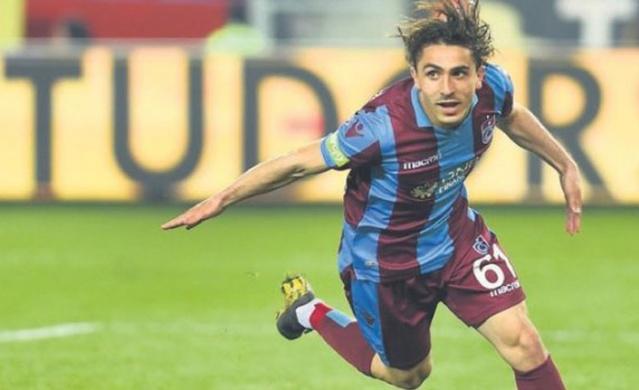 Trabzonspor'un yıldız oyuncusu Abdülkadir Ömür Trabzon'a geldi. Sakatlığı nedeniyle Almanya'da bir süredir tedavi gören başarılı futbolcu yaptığı açıklamayla tedavisinin sona erdiğini açıkladı.