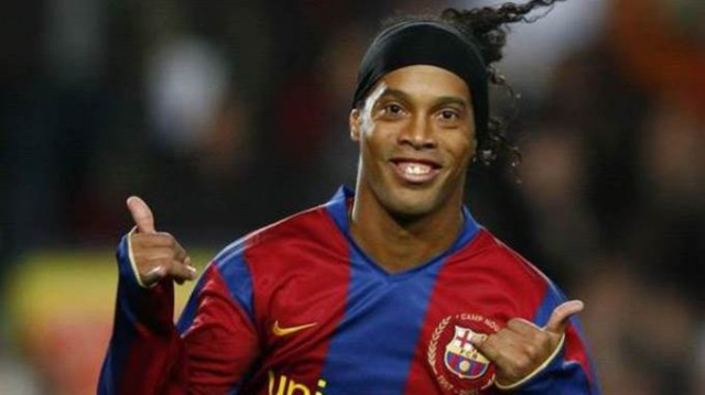 Efsane futbolcu Ronaldinho tutuklandı