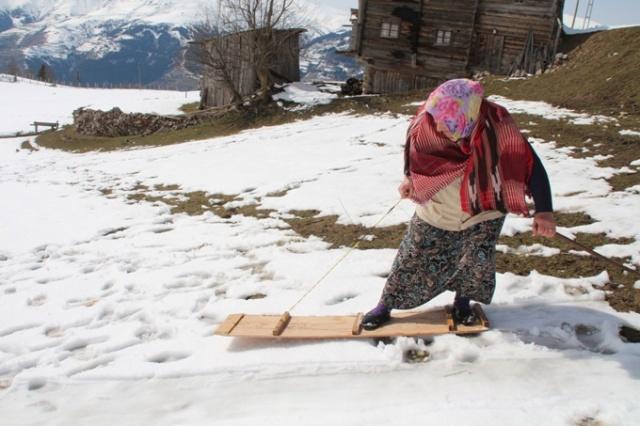Rize'de eğlenceli gelenek: Petranboard