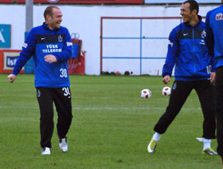 Serkan:Hiddink'e saygı duyuyorum