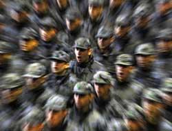 Askerler artık hizmet etmeyecek