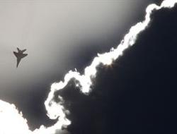 Muhalifler: 'Suriye uçağı düşürdük'