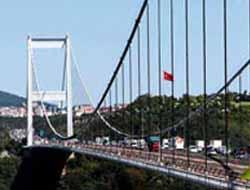 15 dev köprü ve yolların peşinde