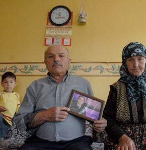 PKK kaçırdı maaşı kesildi