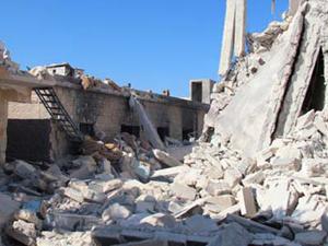 Esed Türkiye sınırını bombalattı
