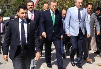 Erdoğan'a protesto 12 gözaltı