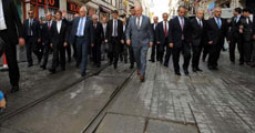 İstiklal Caddesi'nin kırık taşları