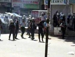 Taksim'de göstericilere polis müdahalesi