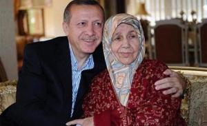 Başbakan'dan annesi için mevlid