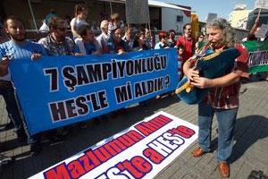 Trabzonspor taraftarı isyan etti !