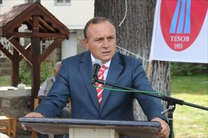 Vali Kızılcık'tan Başhekim'e ziyaret