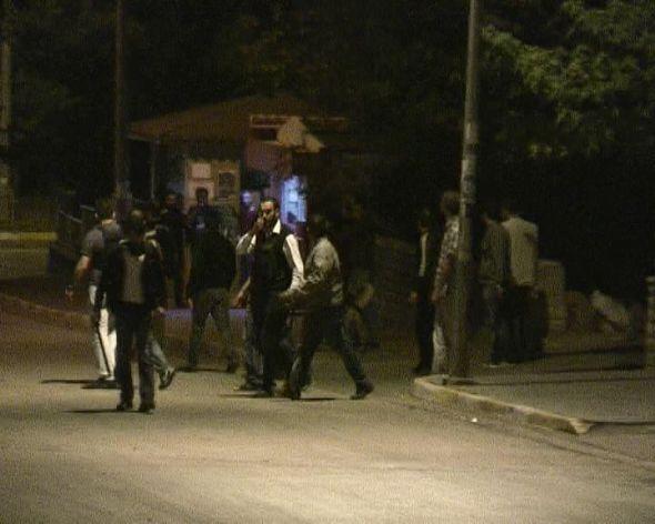 Kavga polisle çatışmaya dönüştü