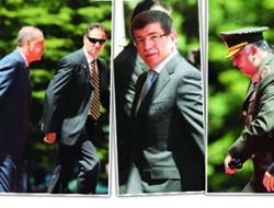 Dışişleri Bakanı Davutoğlu, Atina'ya gitti
