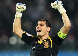 Casillas isyan etti
