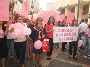 Trabzon'da meme kanseri için yürüdüler
