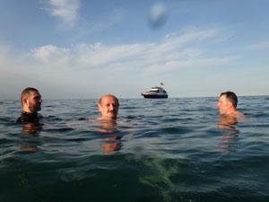 Rize Belediye Başkanı su altında..!