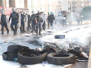 Diyarbakır'da sokaklar savaş alanı