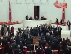 Meclis'te büyük rezillik