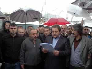 Trabzon'da korsan 'servis' protestosu