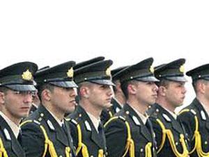 TSK'dan atılan subaylara memuriyet
