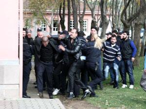 Adliye'de kavga: 30 yaralı