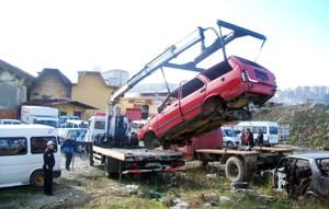 Belediye hurda araç sorununu çözdü