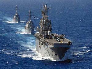 Rus savaş gemisi Çanakkale Boğazı'nda