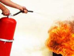 Öğrenci evinde yangın çıktı