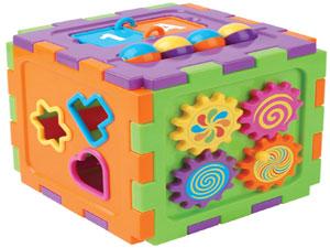 Çocukların sağlığı için el örgüsü oyuncaklar