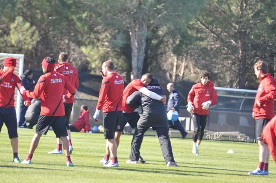 Trabzonspor 'da Antalya kampı sürüyor