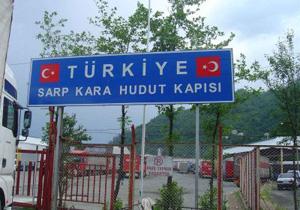 Gürcü askerleri Türk Polislerini yaraladı