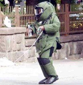 Meclis'te bomba paniği