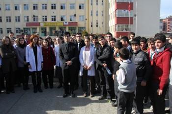 Rize'de öğretmenler derslere girmedi