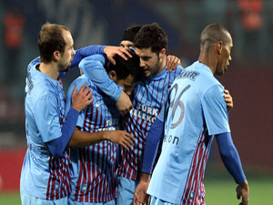 Trabzonspor kupaya sarıldı