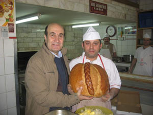 Canalioğlu Trabzon ekmeğini savundu