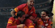 Galatasaray Beşiktaş ile karşılaştı