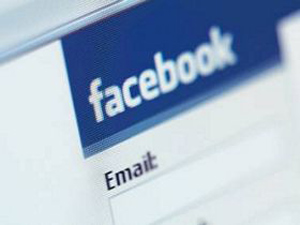 İş arayanlar Facebook'a girsin!