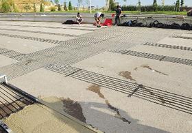 Türkiye'nin ilk alttan ısıtmalı yolu