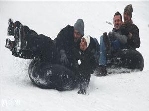 Ayder Yaylası'nda  6.kardan adam şenlikleri