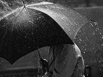 Dikkat! Şemsiyesiz sokağa çıkmayın