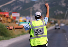 Trabzon'da 172 sürücüye ceza