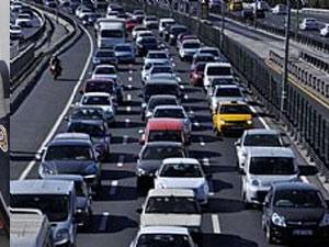 Köprüde intihar girişimi trafik felç!